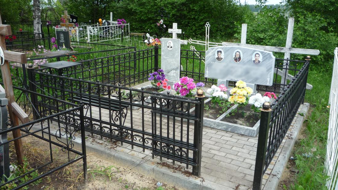 Мраморные памятники и тротуарная плитка в Беломестной Криуши