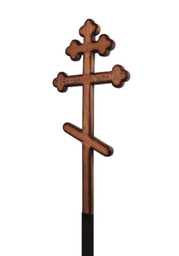 дубовый красивый крест